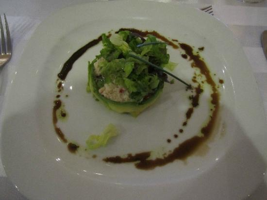 Marival Resort & Suites: Avocado wrapped crab salad with balsamic at Italian Restaurant