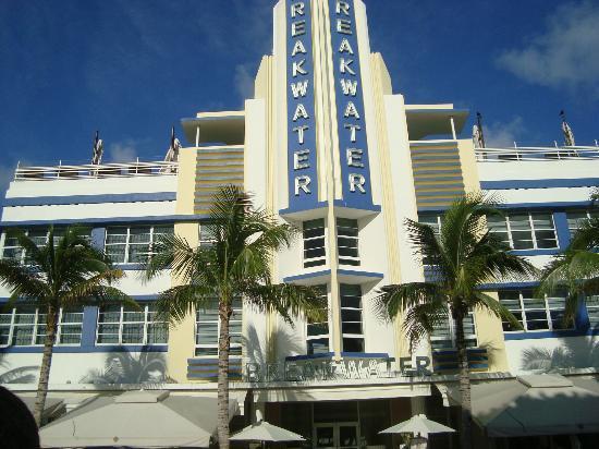 Hotel Breakwater South Beach: Frente do hotel
