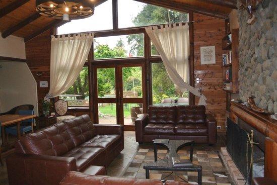 Tumunan Lodge: Lodge reception area