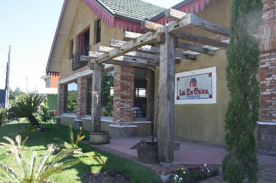 La em Casa Restaurante: Fachada do restaurante
