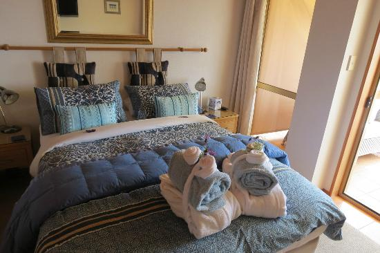 Chalet Romantica: Our bedroom, we take photos of all our stays before we mess them up!