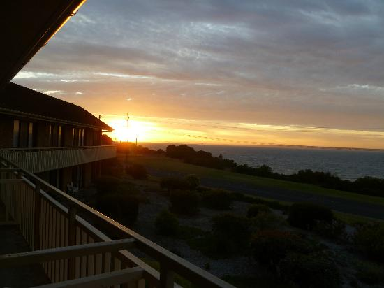 Kangaroo Island Seaside Inn: Sunrise from room