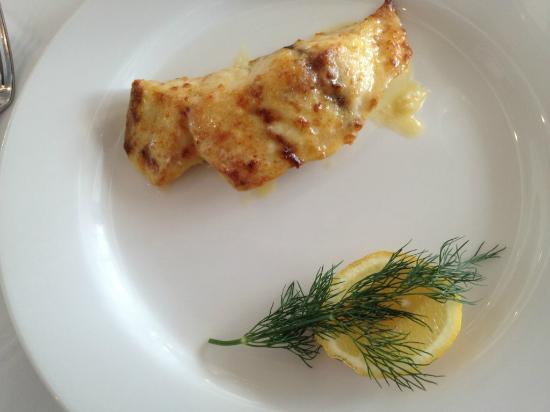 Omeros Bros Seafood Restaurant: Barramundi
