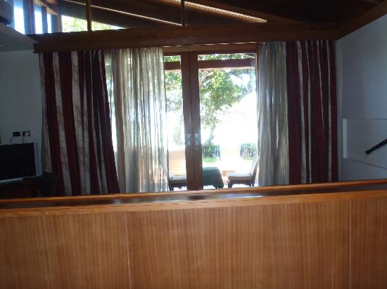 Shangri-La's Fijian Resort & Spa: View from bedroom to outside ocean view (not the best photo, sorry)