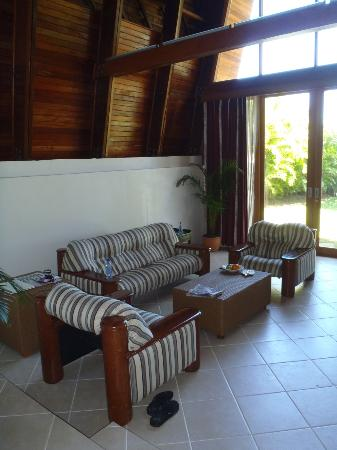 Shangri-La's Fijian Resort & Spa: Living area