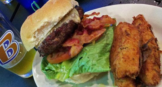 Charcoal Grill: 1/2lb Angus burger
