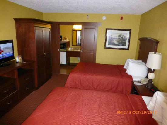 Clarion Inn Lake Buena Vista: room
