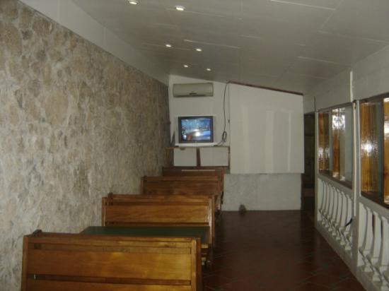 Montezuma Pacific Hotel: kitchen common areas