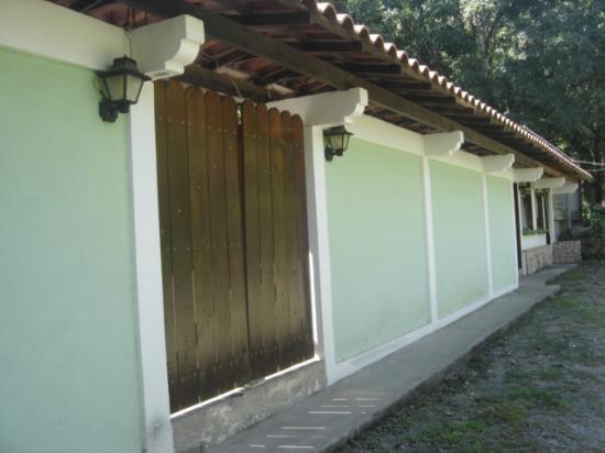 Montezuma Pacific Hotel: hotel exterior