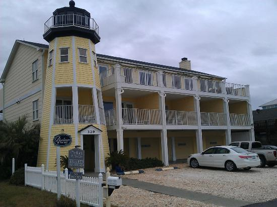Darlings By The Sea: View of the property from the boardwalk.