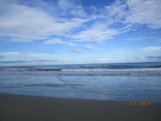 เนกซัสรีสอร์ท แอนด์ สปา การัมบูไน: Beach again