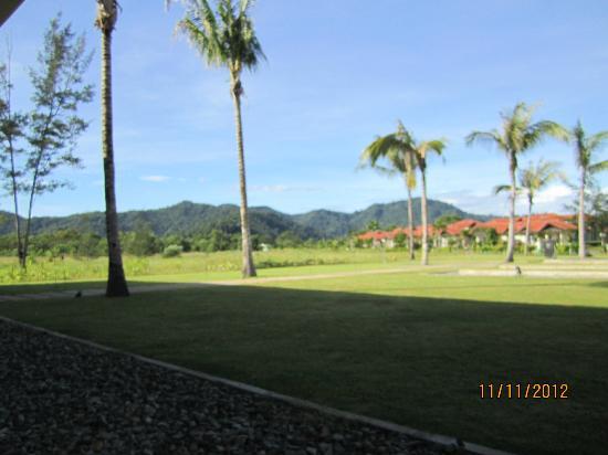 Nexus Resort & Spa Karambunai: View from the Lanai Restaurant