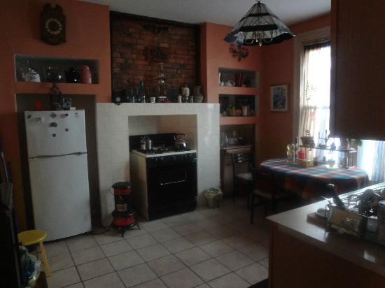 New York Homestay: Kitchen