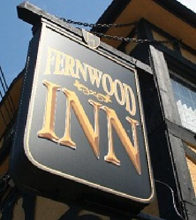 The Fernwood Inn: Our welcoming sign!