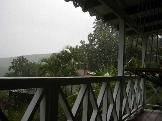 Ti Kaye Resort & Spa : Rainstorm from Fenyan porch