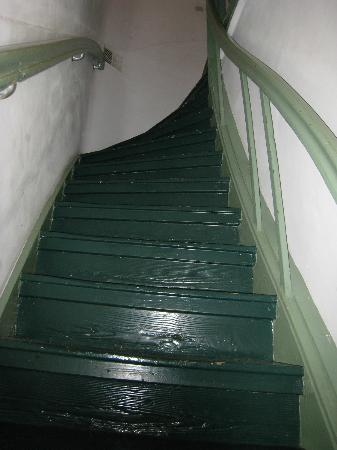 Eelhouse B&B: Staircase-2