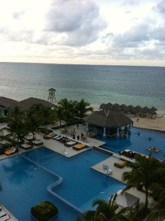 Iberostar Grand Hotel Rose Hall: View from our balcony