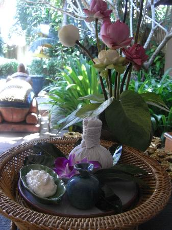 Oasis Secret Garden Spa: the display