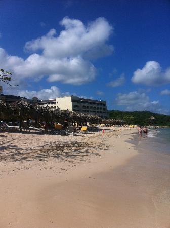 Iberostar Grand Hotel Rose Hall : hotel from down the beach