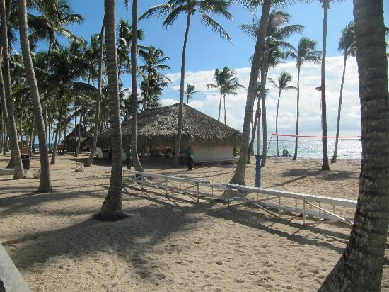 Club Med Punta Cana: Beach and exercise area