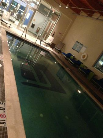 Aloft Mount Laurel: heated pool
