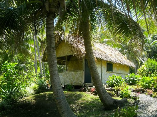 Tanna Iwaru Beach Bungalows: Our bungalow