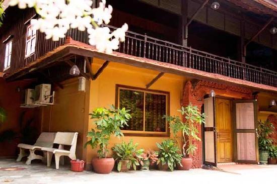 Angkor Bodhi Tree Retreat and Yoga Centre: Angkor Bodhi Tree Retreat and Meditation Centre