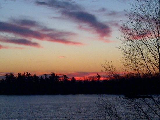 Sharbot Lake Country Inn & Crossing Pub : Sunrise taken from bed.