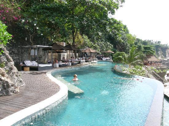 AYANA Resort and Spa: Ocean Beach Pool