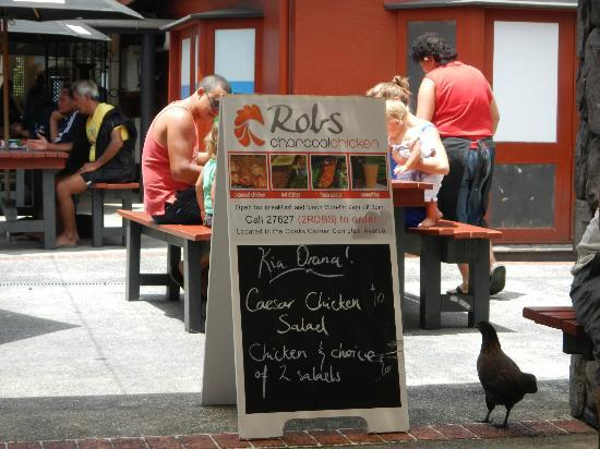 Rob's Charcoal Chickens : Rob's
