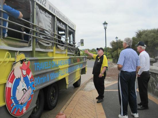 Grumpy's Transfers & Tours: The other tour operators know and respect Grumpy - a good sign!