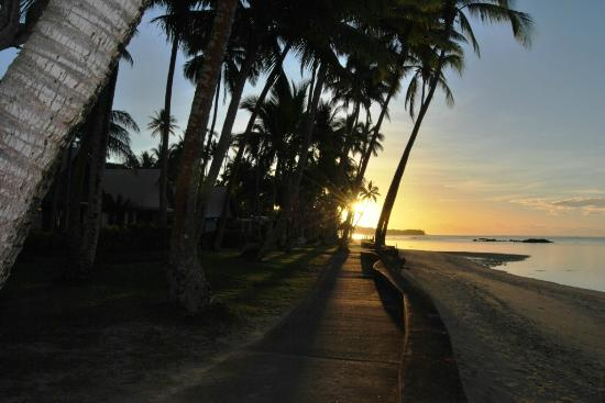 Fiji Hideaway Resort & Spa: Sunrise