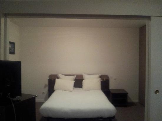 Comfort Suites Port-Marly Paris Ouest : Chambre