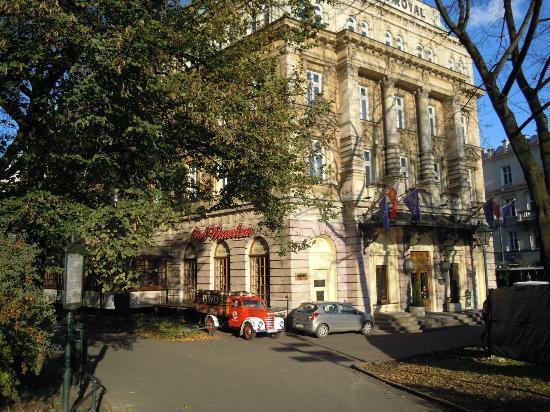 Royal Hotel: Grandioso