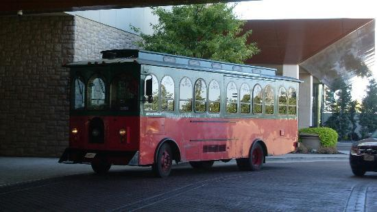 St. Louis Fun Trolley Tours: Start of the St Louis Trolley Tour