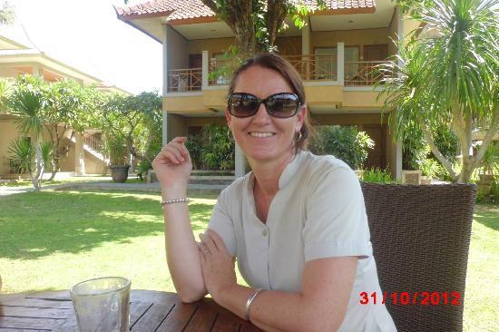 Dewi Sri Hotel: Leanne Hotel Manageress