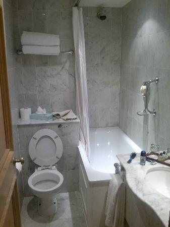 Park Lane Mews Hotel: Bathroom