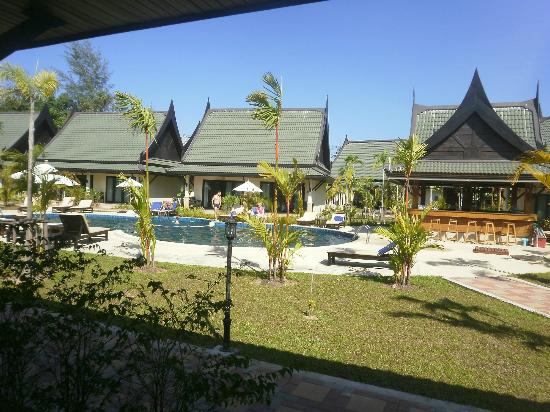 Airport Resort & Spa: [--]view of the hotel area
