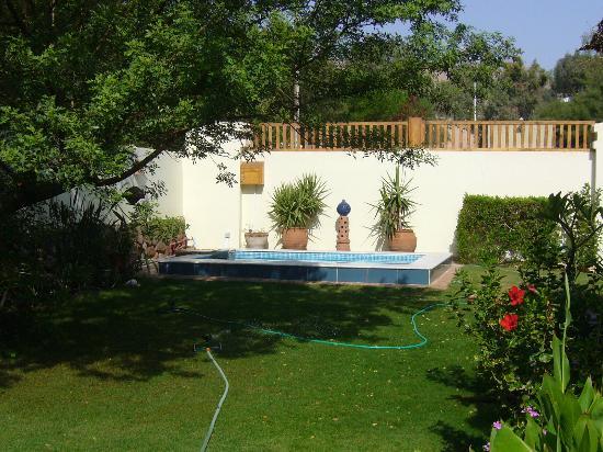 Lagoon Villa Apartments : Jacuzzi