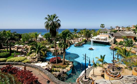 Bahia del duque costa adeje tenerife resort reviews for Aparthotel d or jardin de playa