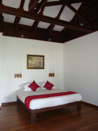 Yoma Cherry Lodge: Sea View room, Garden Pavilion, first floor