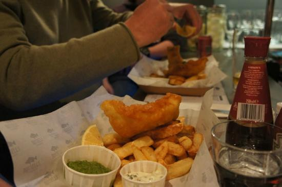 Russell's Fish & Chips: yummy