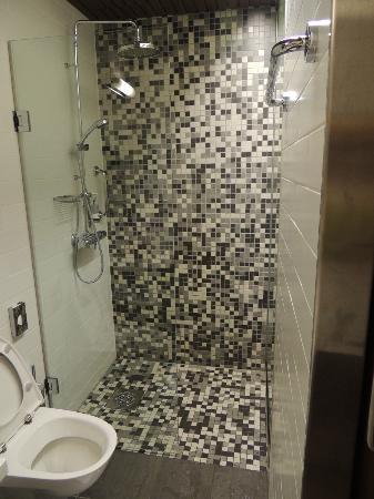 BEST WESTERN PREMIER Hotel Katajanokka: Bathroom