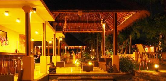 Saren Indah Restaurant: Bar Lounge