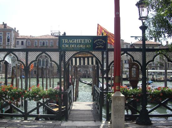Hotel Ala - Historical Places of Italy: Santa Maria del Giglio stop to get off boats