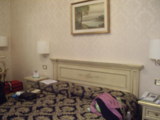Hotel Ala - Historical Places of Italy : Standard room