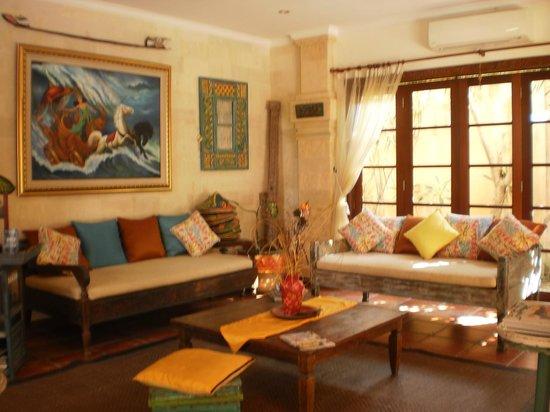 Villa Kaja: Loungeroom