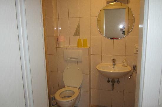 Hotel Burg-Stahleck: Bad in unseren Gästehaus Ströter Blücherstr.71