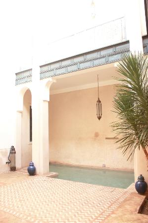Hotel & Spa Riad Dar Sara: patio piscine