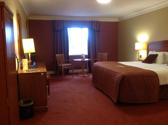 Canal Court Hotel: This was my 'single' room!!